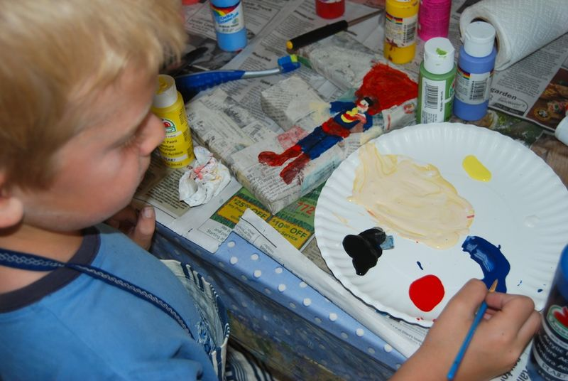 Hu paints