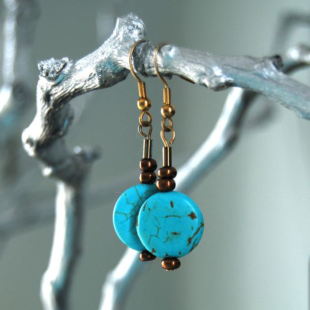 Turquoise earrings with gold