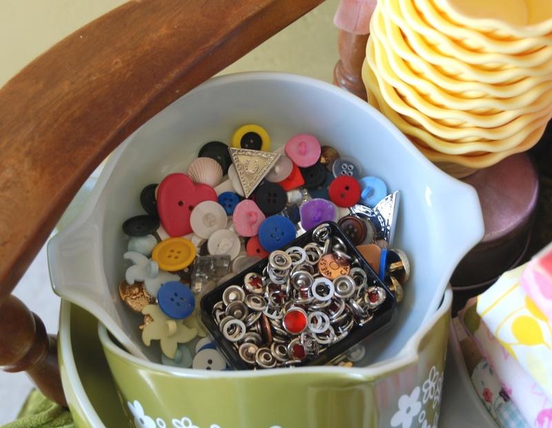 Thrift_buttons